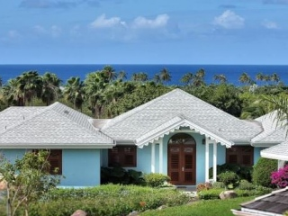 Nevis $2,950,000Four SeasonsBeautiful 5 bedroom villa with a guest cottage & golf course views..…